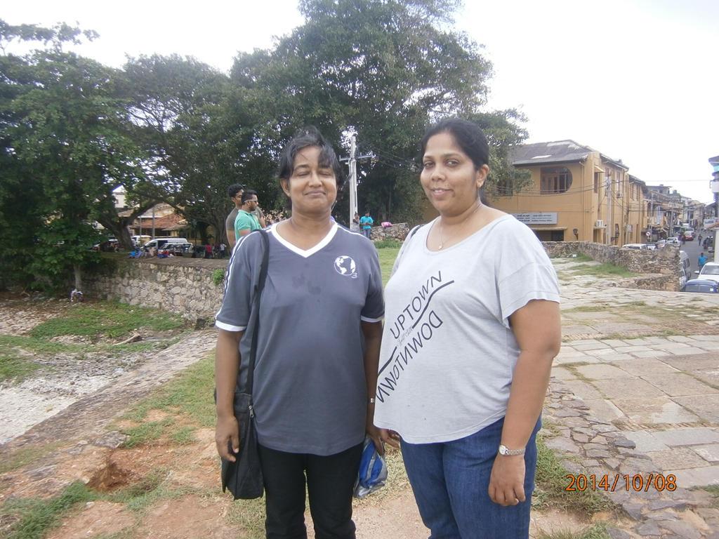 my mom and aunt Inoka by kumarawi