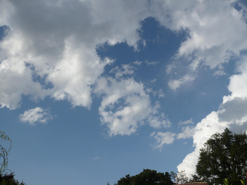 clouds 3 by nicolapin
