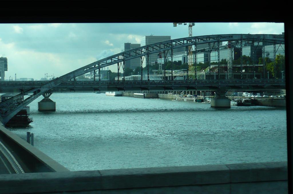 Austerlitz Viaduct, in Paris by nicolapin