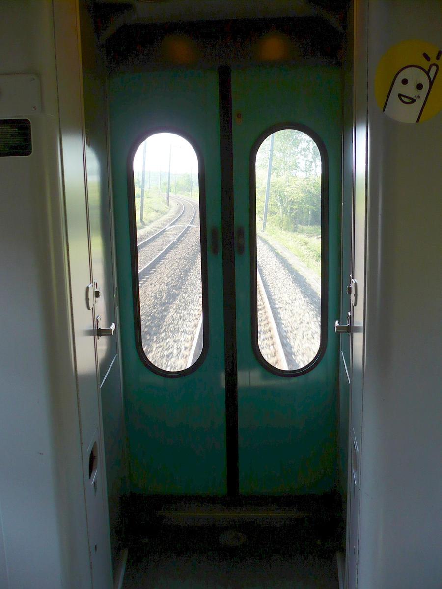 Corail train SAS doors by nicolapin