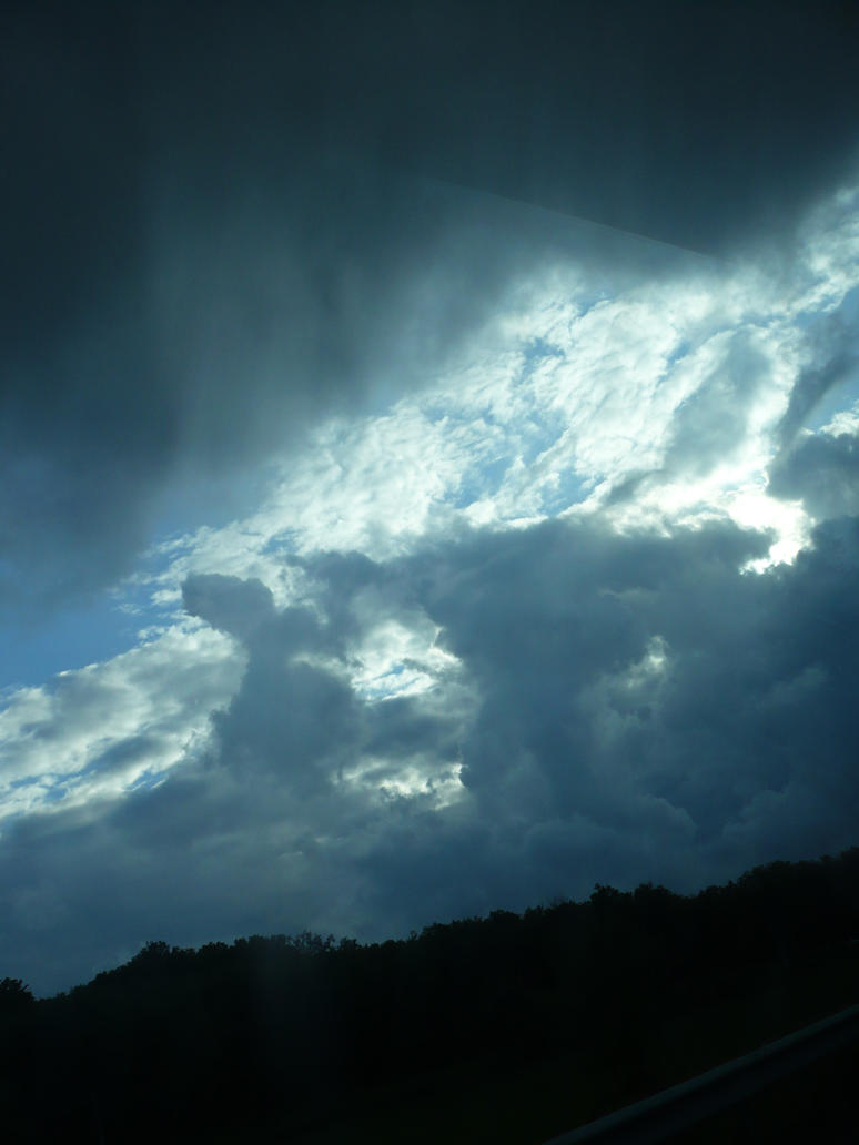awesome clouds by nicolapin