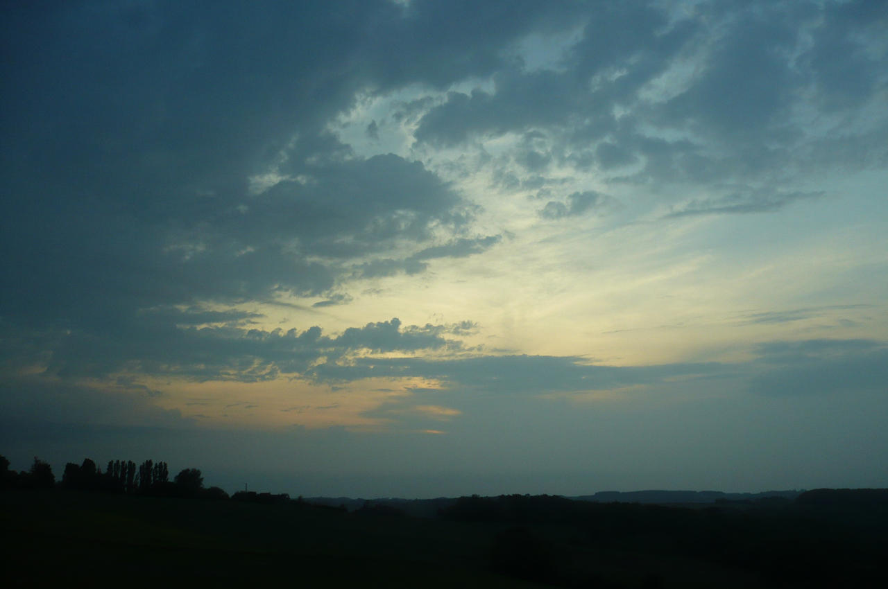 clouds in Dordogne 3.2 by nicolapin