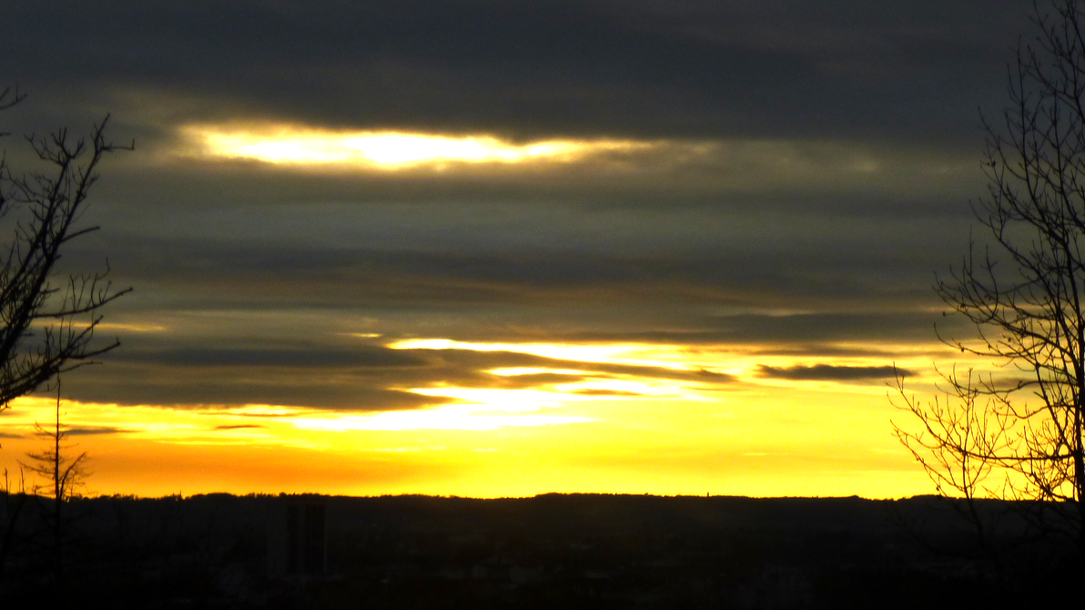 ciel en or sur Agen by nicolapin