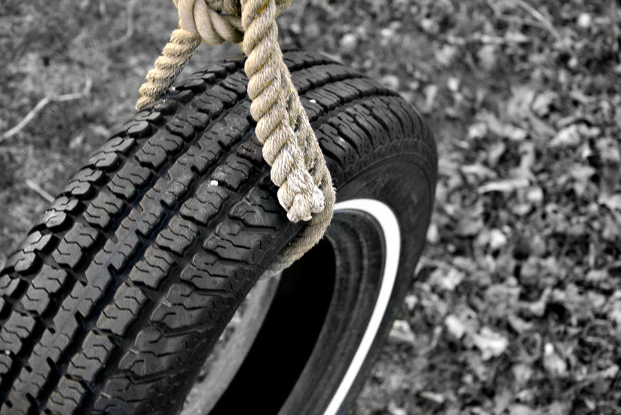 Tire Swing by TairyHesticles