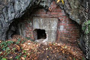 bunker in the mountain - IMG 3912 NachtPixler
