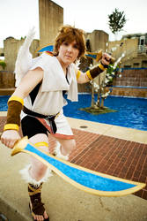 Pit Cosplay 1