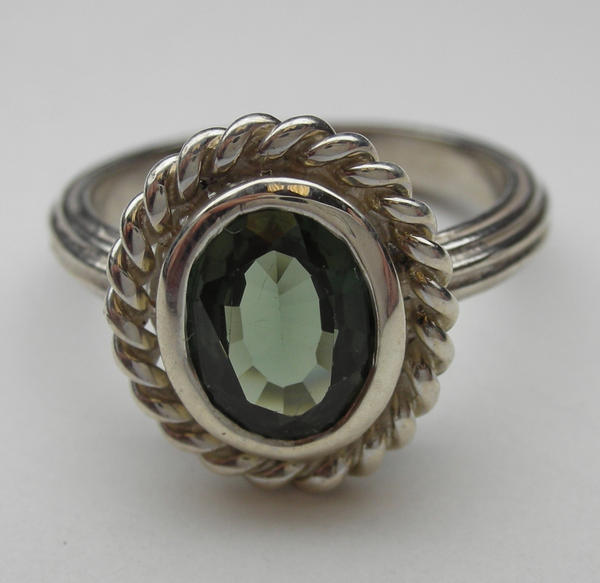 antique style ring green by vansee jewelry on deviantart