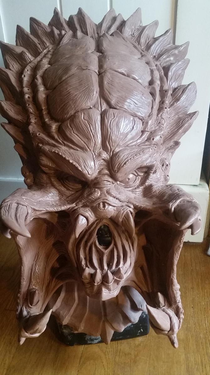 Undamaged Wolf Predator sculpt by LunaticNic