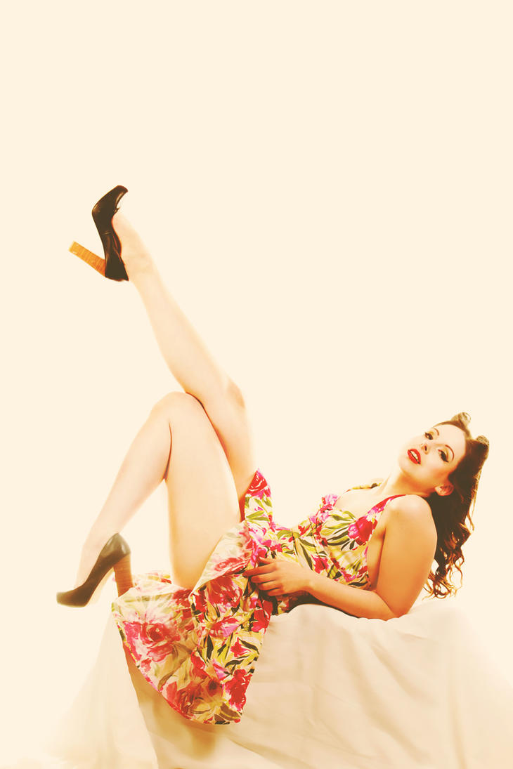 Pinup L2 by SangsterPhotography