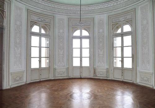 Empty Room - Castle - Light Green - Transparent Wi