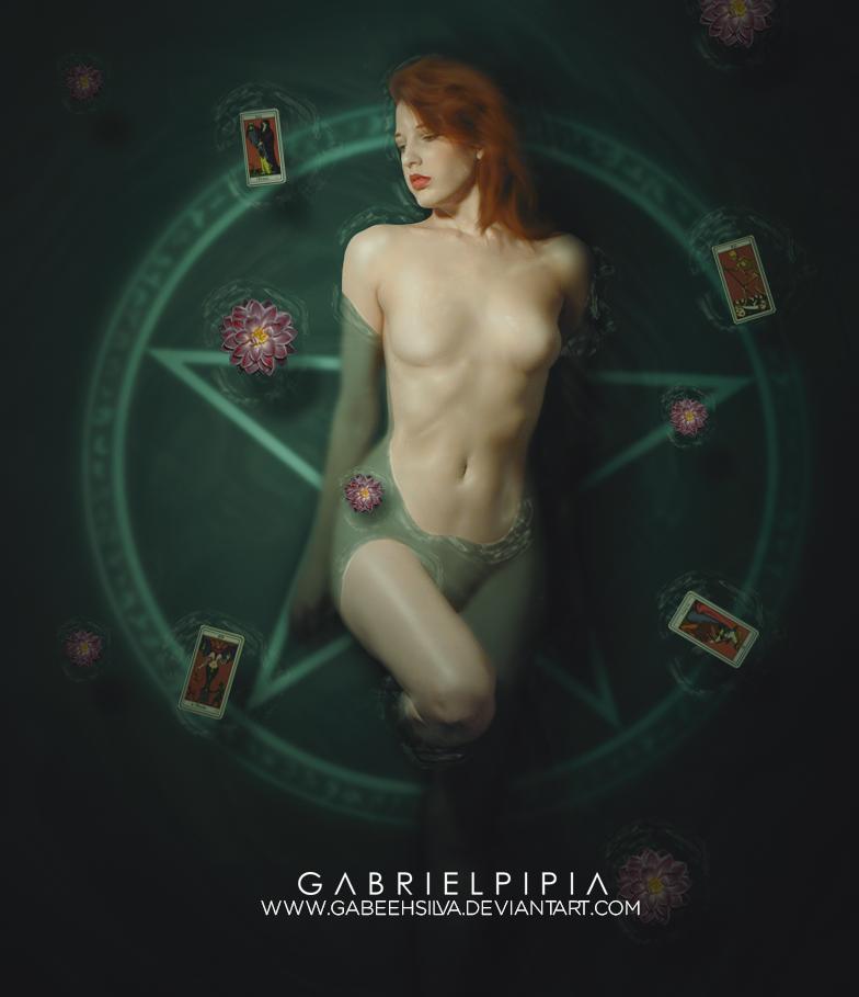Clover by GabeehSilva