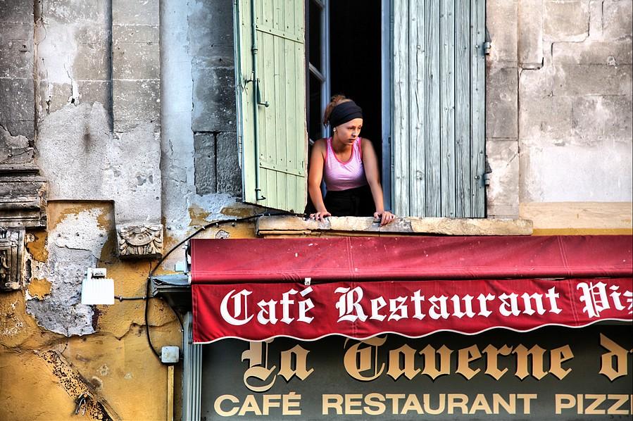 La Dame de la Taverne by cahilus