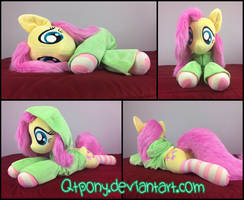 34in laying Fluttershy with hoodie by qtpony