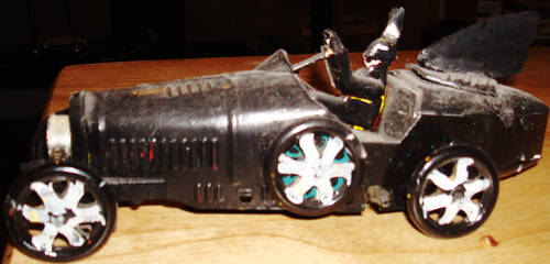 If Batman had been made as an early tintoy...