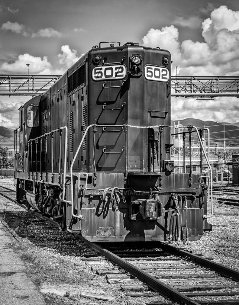 Train on the Tracks BW by mjohanson