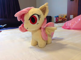 First day at the comic con. flutterbat plushie by Vector-Brony