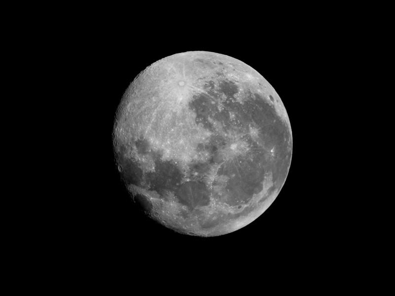 Moon by wojtar