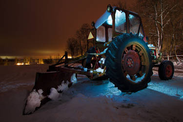 Coold Tractor by LordHenkutt