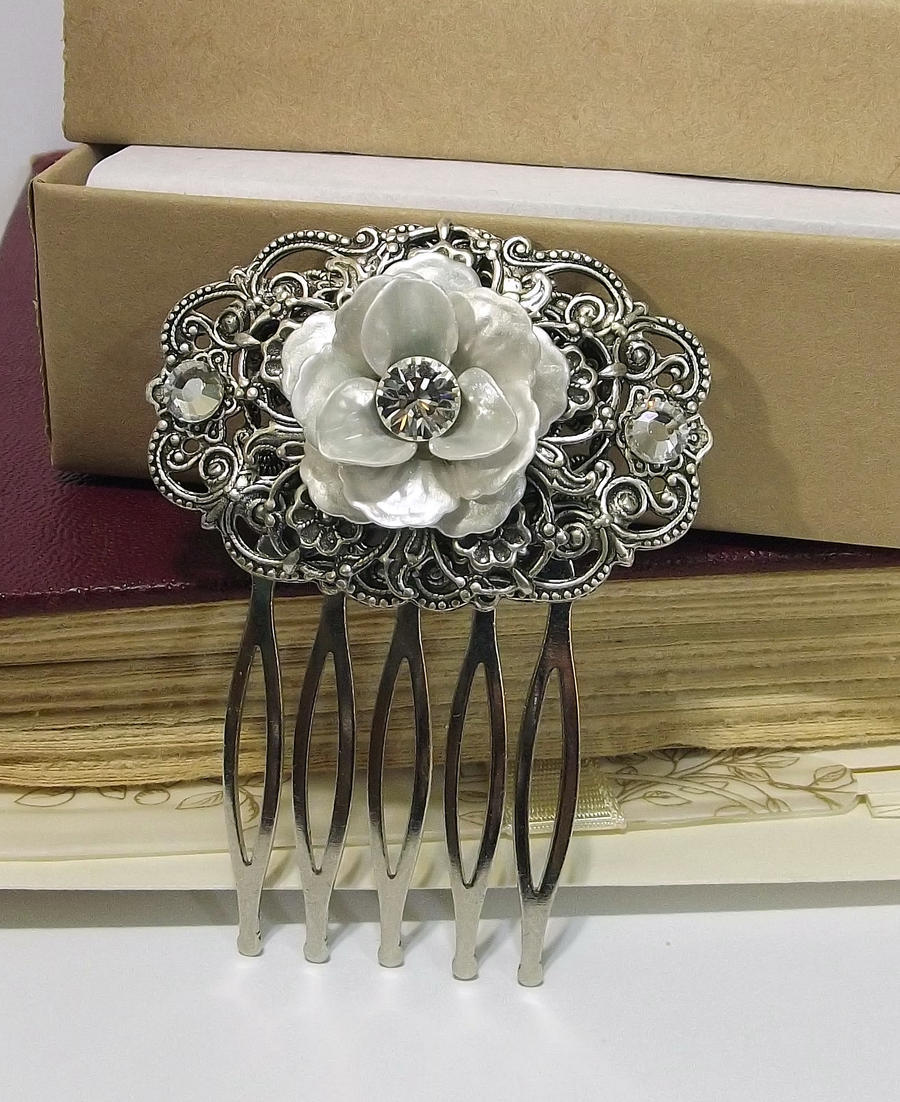 Bride of Marsilikos Hair Comb no. 2 by DesireeMorte