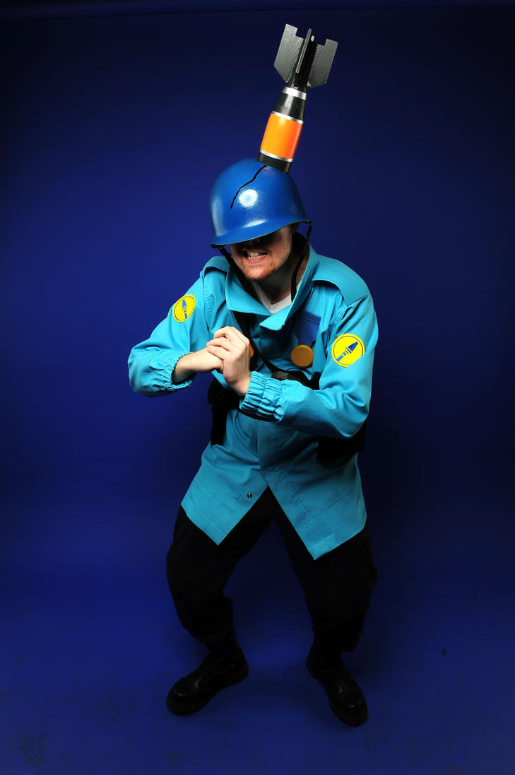 BLU Soldier Cosplay by AngusMcLeod