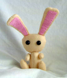 Ozzie the Bunny by Isilian