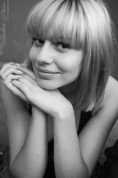 Portrait of Anna by floun