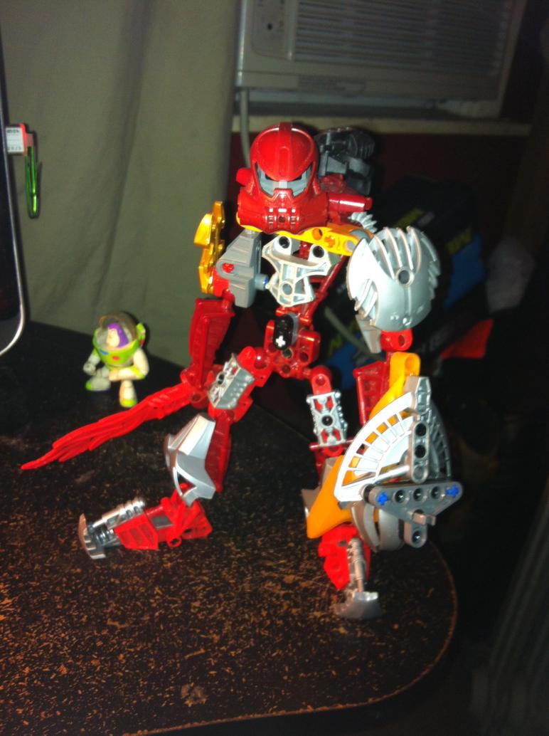 Knight Bionicle by Ichicora-Uzumaki
