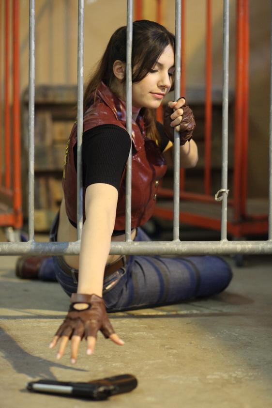 Hasil gambar untuk claire redfield cosplay