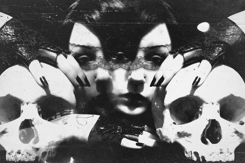 Nightshade Narcosis by Ellamorte