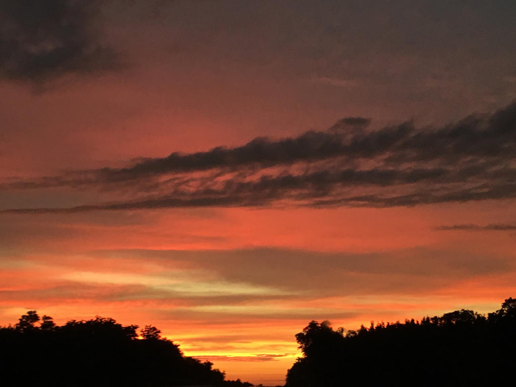 Thunderstorm Sunset 02 by roxasroxs