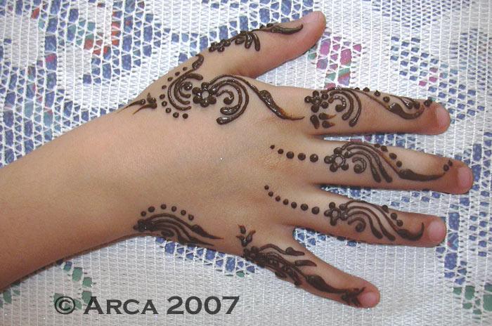 sabrine niece henna by arcanoide on deviantart. Black Bedroom Furniture Sets. Home Design Ideas