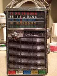 Ode to the Obsolete - Multi-Band Transistor Radio by WingDiamond