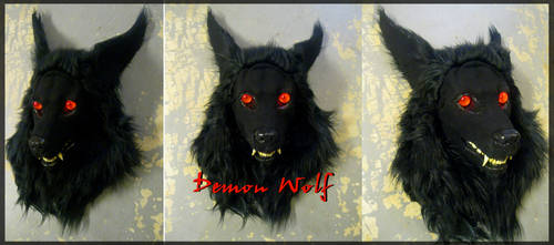 Demon Wolf mask by Crystumes