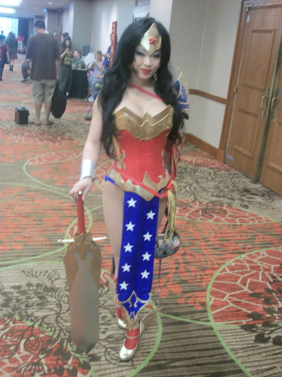 Akon '11 - Wonder Woman by TexConChaser