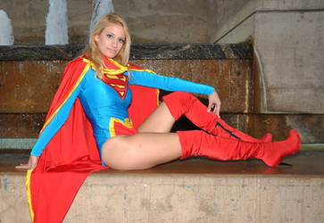 Supergirl Hanging Out by Catgirl-Calla
