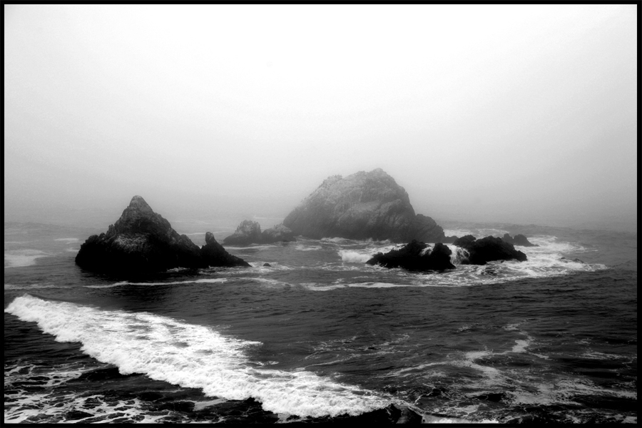 Fog and Surf by SZenz