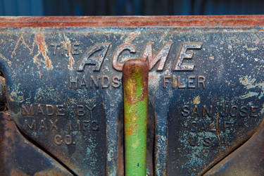 The ACME Hands Filer