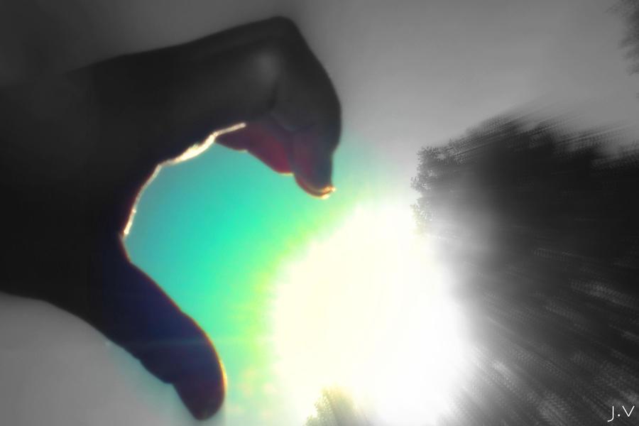 half hand heart gallery -#main