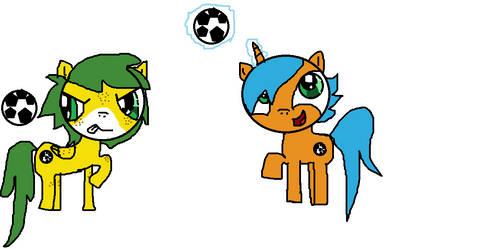 Fuleco and Zakumi as ponies