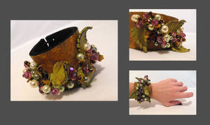 Leather cuff. Brown leather fl by julishland
