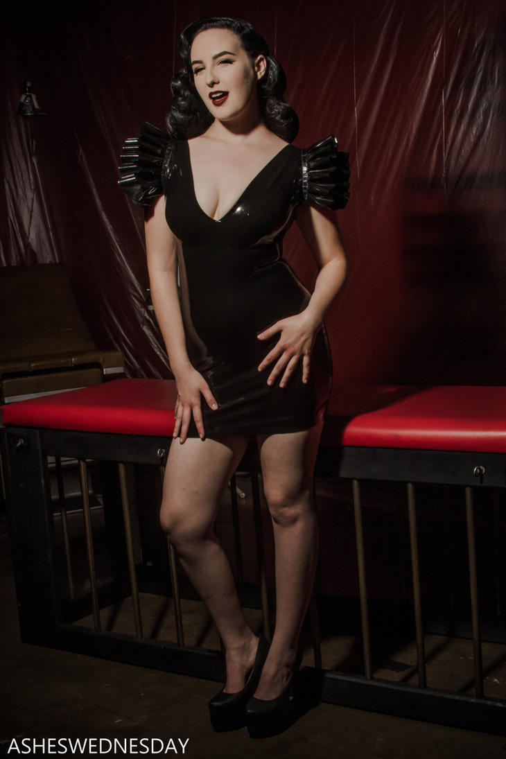 black latex by a-wednesday