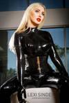 Lexi Sindel in black Latex at home