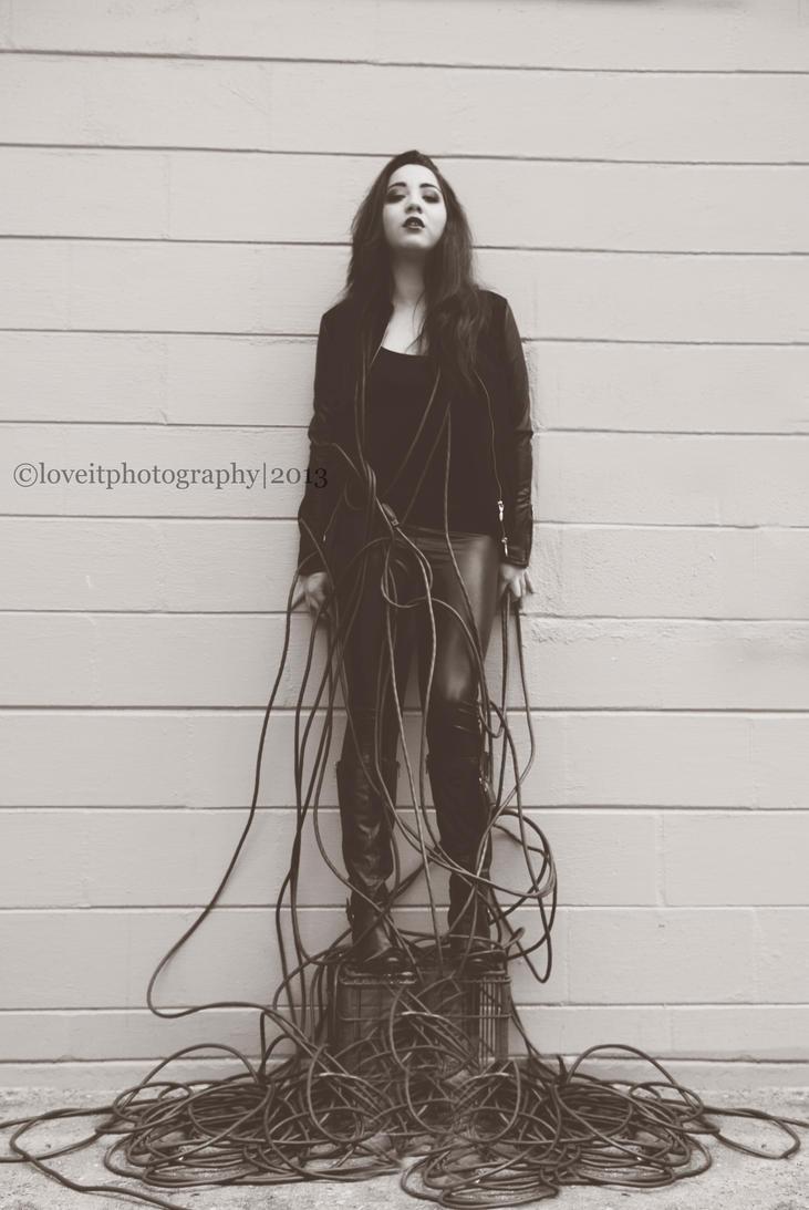 Black Widow by kamakebelieve