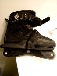my skates by ItakePictures