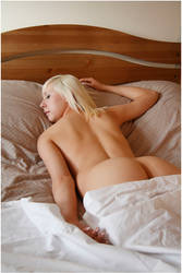 NatNude-04 by 365erotic