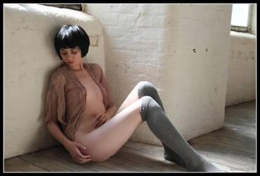 Mimi Sit 16-26 by 365erotic