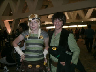 Otakon 2011-Astrid and Hiccup by Bluebell-Ren