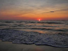 Sunrise - Black Sea by AutumnIulia