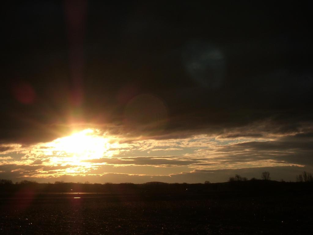 Sunrise by Crash-Box