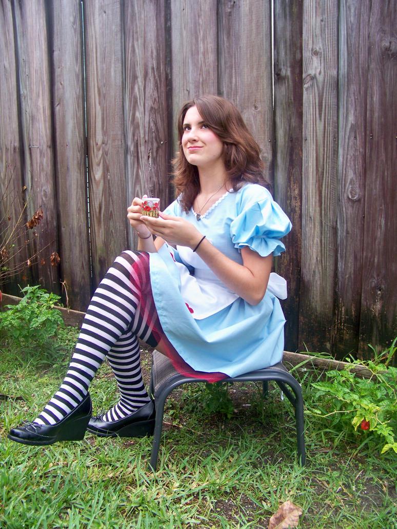 Alice Tea Party by Catsswish